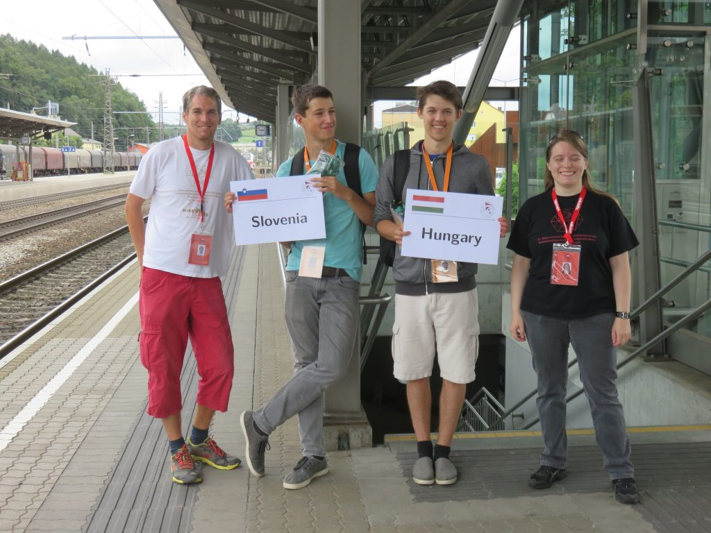 Welcoming teams at the Vöcklabruck railway station
